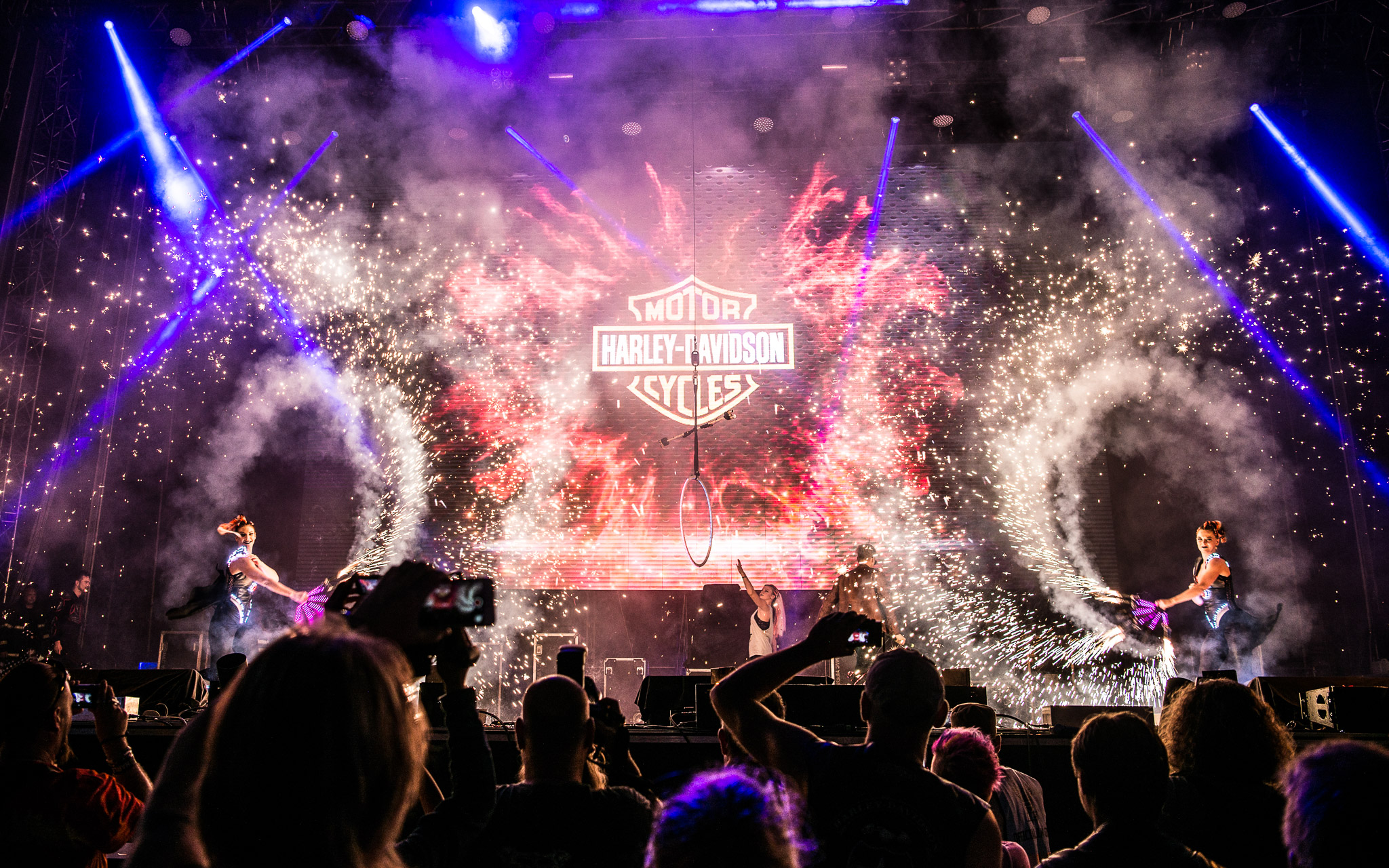 'Pyro-show-Harley_Davidson_Openning_Ceremony_mega_show'