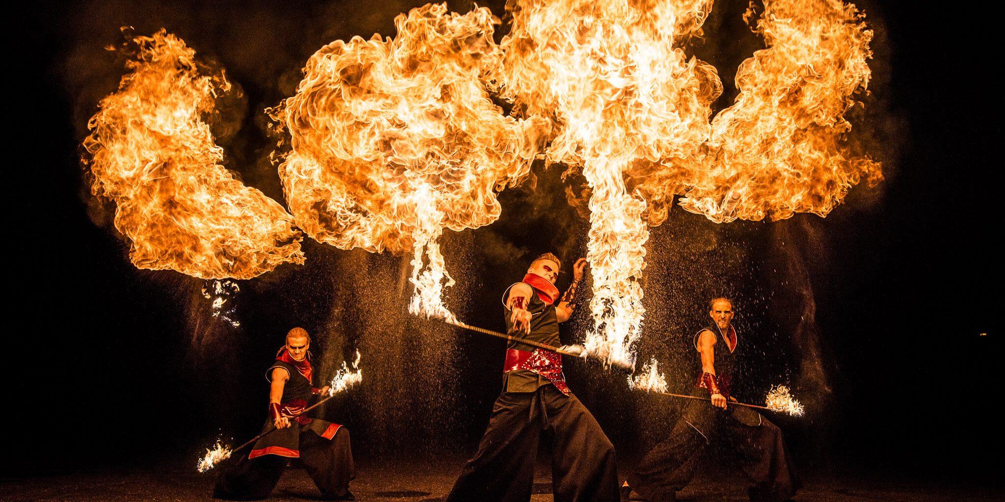 Fireshow_ohnivá_show_Pyroterra_ohňové_efekty